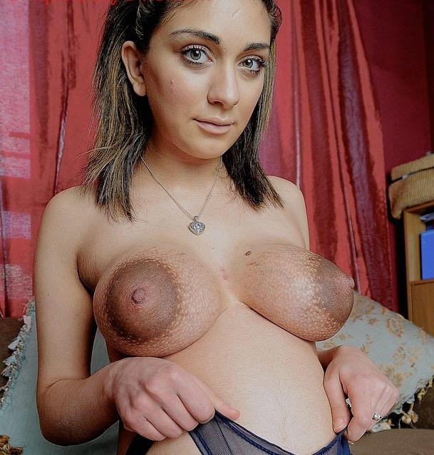 pezones gigantes sexo en español gratis